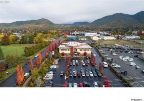 1701 Hawthorne NW, Grants Pass, Oregon 97526, ,Industrial,Hawthorne,773352